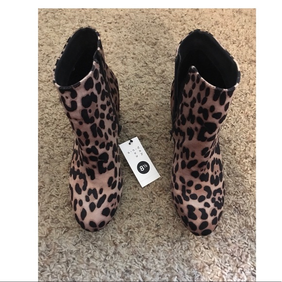 35ebeca6128 A new day target leopard booties 8.5 NWT!